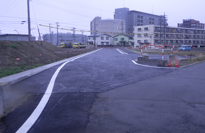 長野駅東口区画整理事業道路築造工事